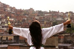 favela_feliz_250